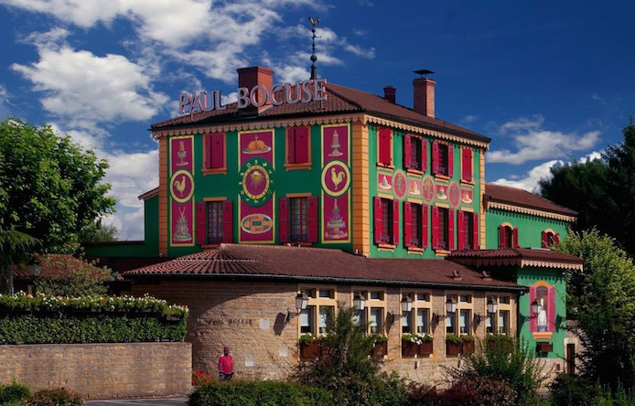 paul-bocuse-auberge-collonges-facade-original