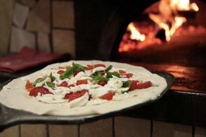 original_pizza-napoletana-mozzarella-fratelli-salvo.jpg