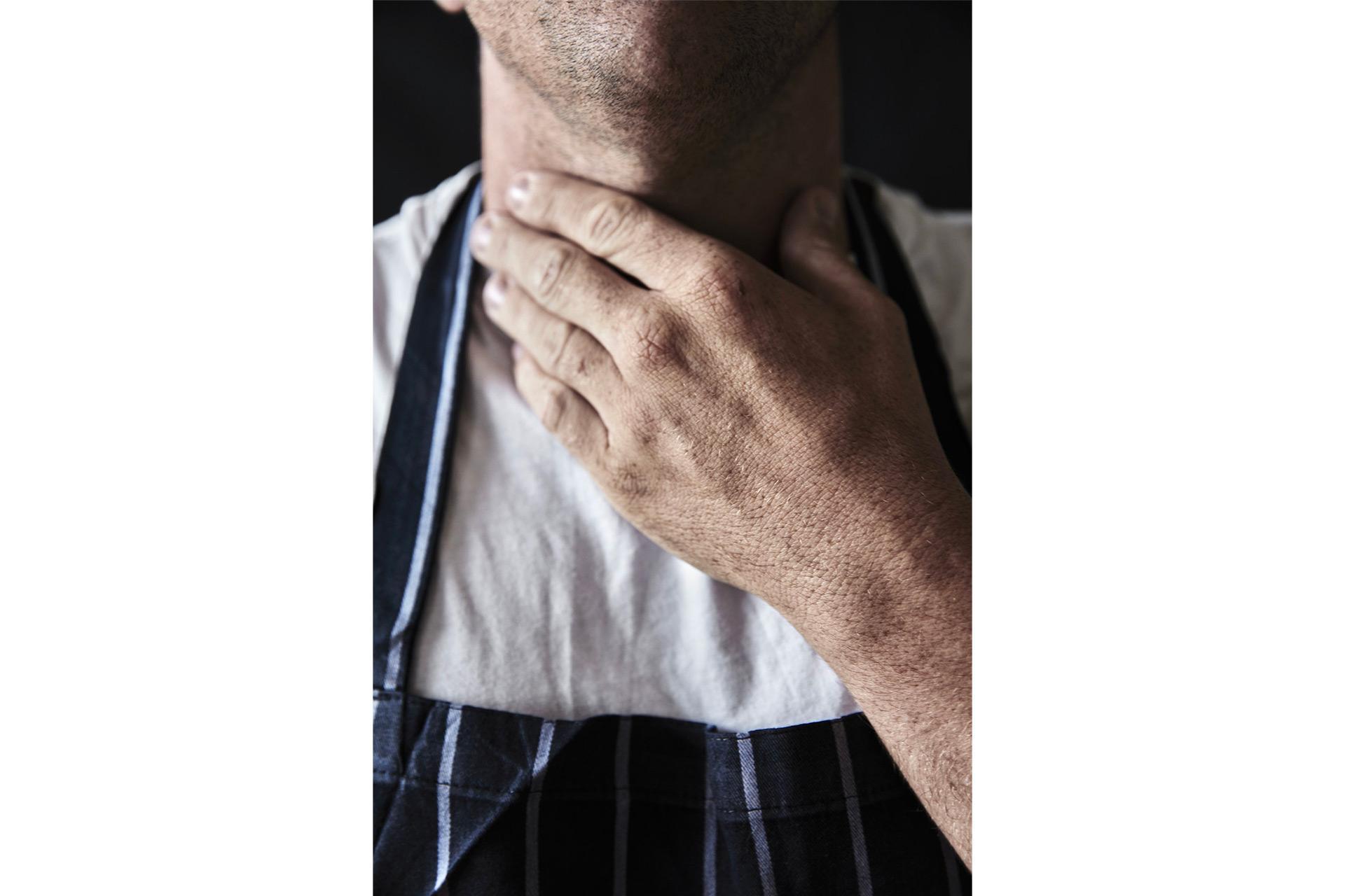 Chef's Hands - Photo : Joakim Blockstrom