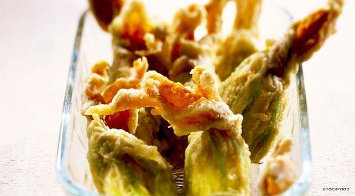 Fleurs de courgettes frites